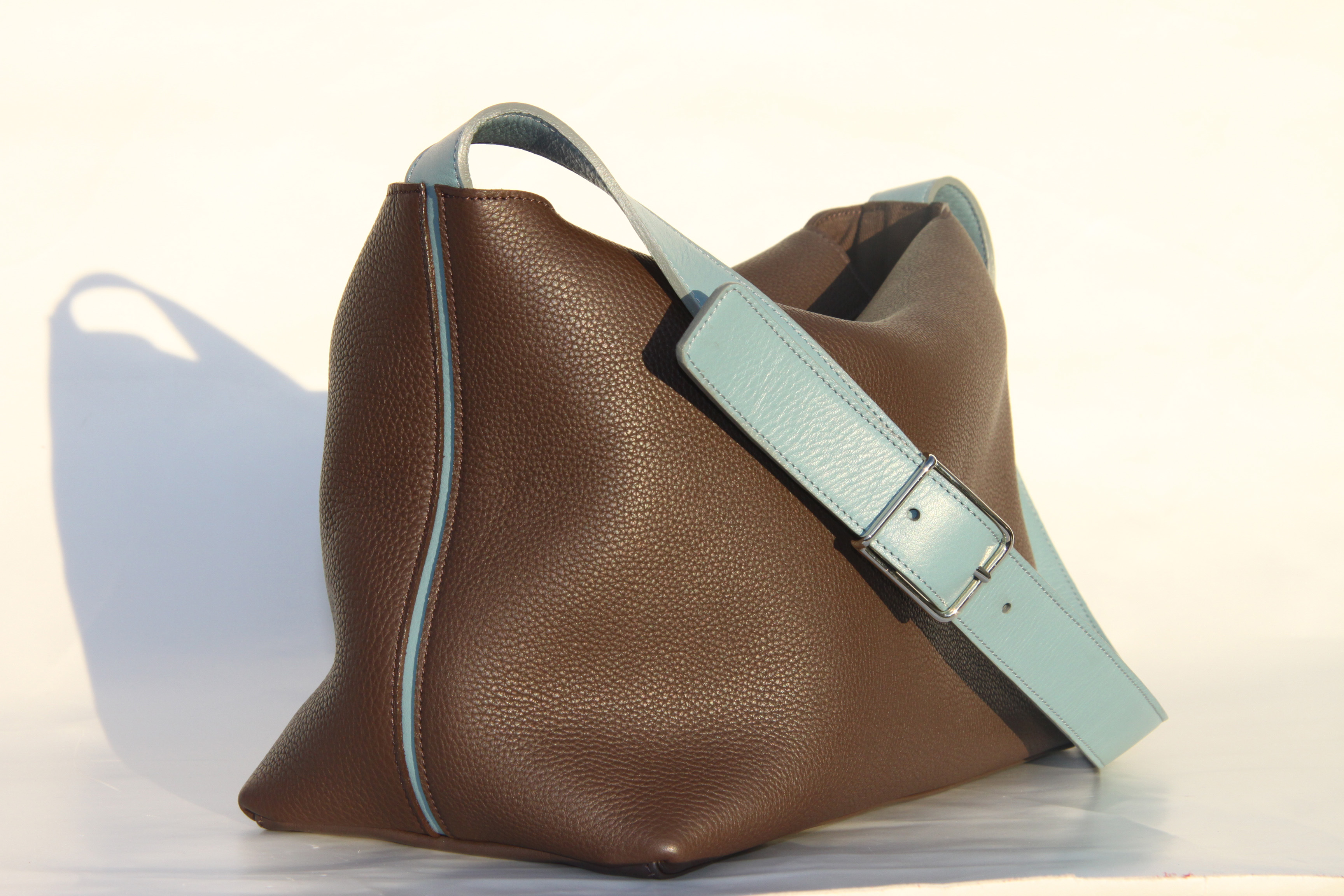 98ea12326c24 KORYOM – Sacs en cuir, sacs en toile, petite maroquinerie en cuir ...