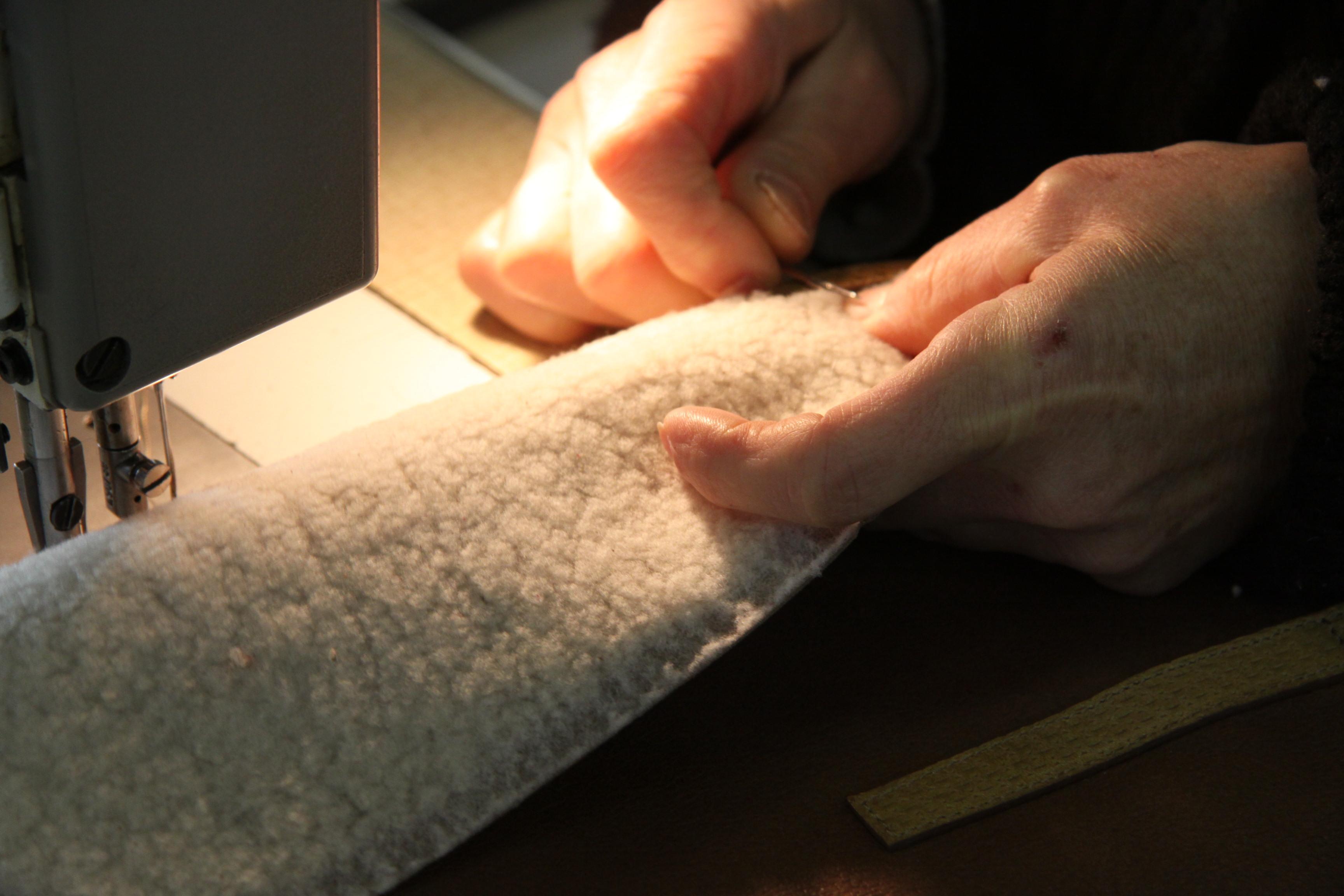 la manuf - La Manufacture du Cuir - piqure 2